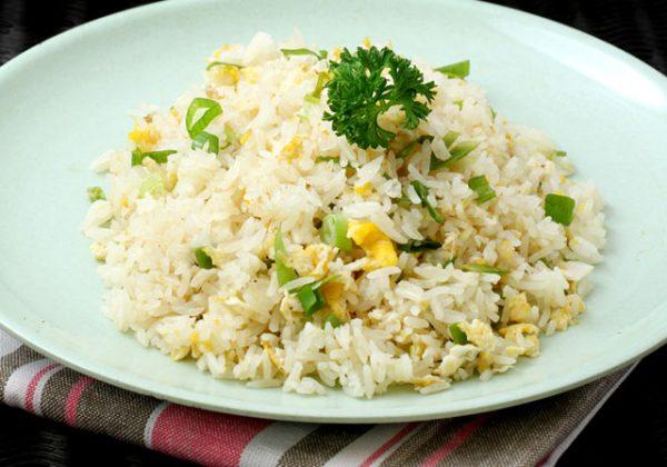 egg-fried-rice-recipe-by-zubaida-tariq