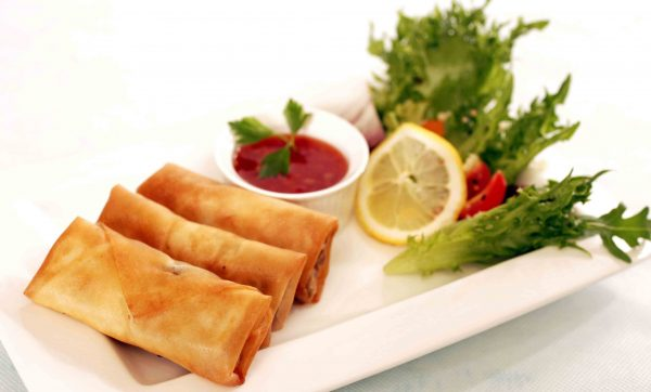 mushroom-chickem-and-cheese-spring-rolls