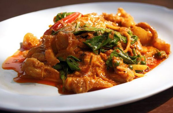 beef-red-curry-paste-820×536